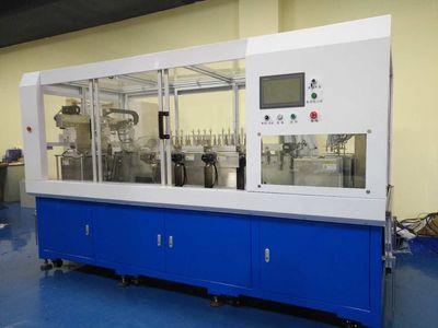 功能 本设备主要用于电池极片刷粉除尘的设备,一般配用真空吸附的方法,可以加用超声波、等离子方式除尘功能。